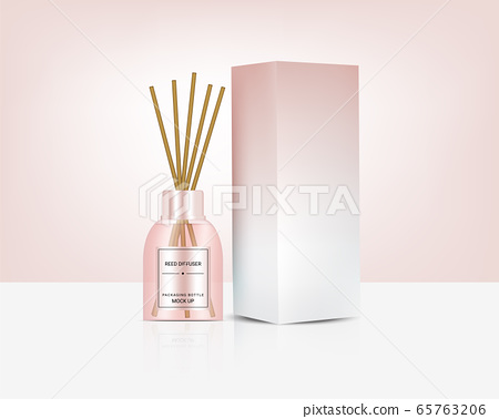 Mock up Glossy Transparent Reed diffuser Bottle 65763206