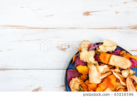 Bowl of Healthy Snack from Vegetable Chips, Crisps 65816596