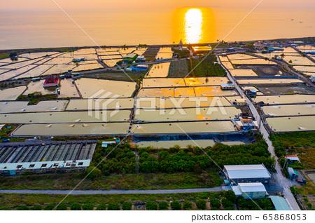 臺灣枋寮海岸養殖漁田Taiwan Fangliao Coastal Farming Fields 65868053