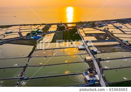 臺灣枋寮海岸養殖漁田Taiwan Fangliao Coastal Farming Fields 65868065