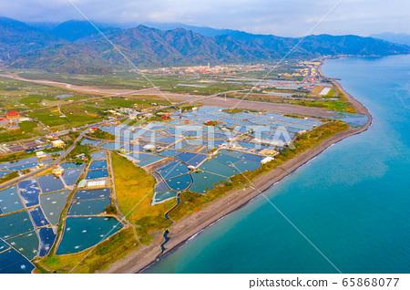臺灣枋寮海岸養殖漁田Taiwan Fangliao Coastal Farming Fields 65868077