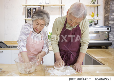 Happy senior life concept. Healthy activities in daily life of senior couple 261 65868951