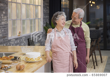 Happy senior life concept. Healthy activities in daily life of senior couple 285 65869007