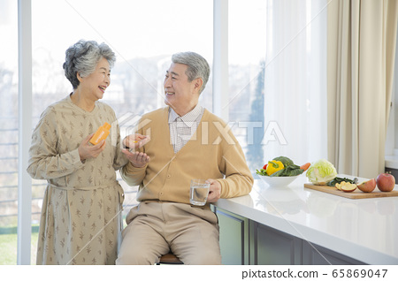 Happy senior life concept. Healthy activities in daily life of senior couple 209 65869047
