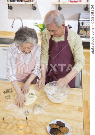 Happy senior life concept. Healthy activities in daily life of senior couple 265 65869204