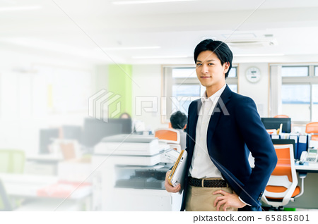 辦公室業務智能手機男商人 65885801