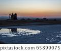Sunrise over the salt lake of El Jerid. 65899075