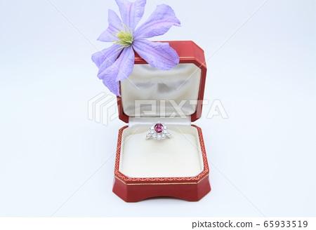 戒指鑽石紅寶石 65933519