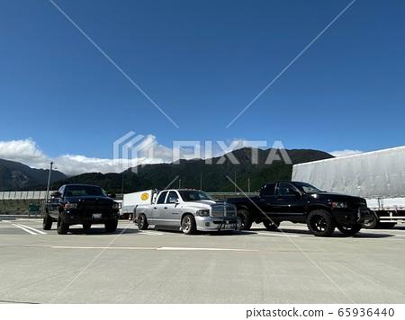 car 65936440