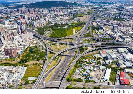 臺灣高雄交通景觀Kaohsiung Traffic Landscape, Taiwan, Asia 65936617