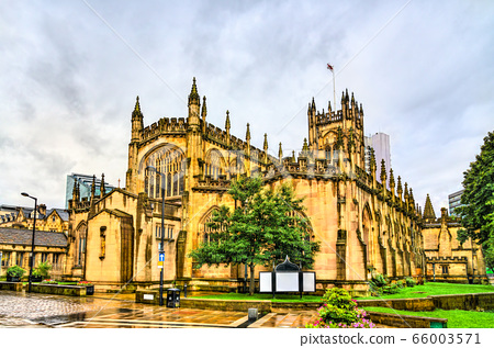 Manchester Cathedral in England 66003571