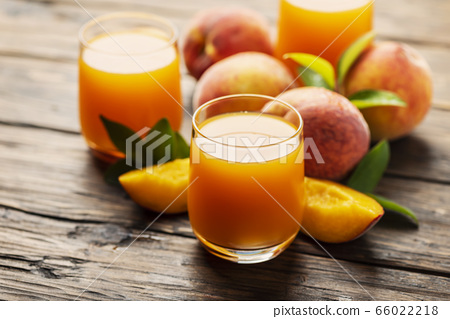 Fresh natural peach juice 66022218