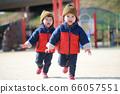 運行雙胞胎 66057551