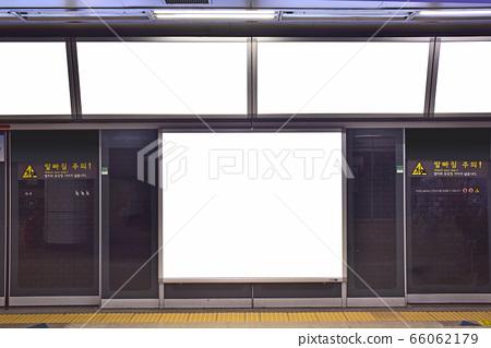 지하철 전광판 광고 목업배경화면 66062179
