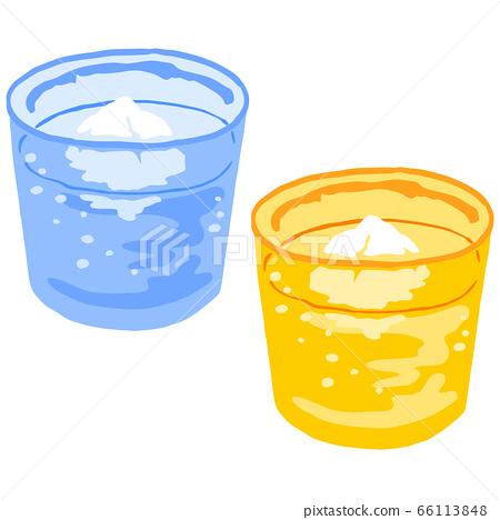 A set of Ryukyu glasses with awamori and ice 66113848