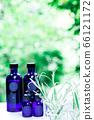 用绿色精油和载体油包裹的香薰疗法 66121172