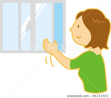 Woman doing ventilation 66131481