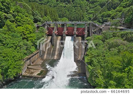 [쿠제 댐】 기후현 이비 군이 비가와 정 66164695