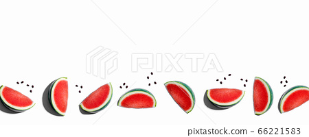 Sliced watermelons arranged 66221583
