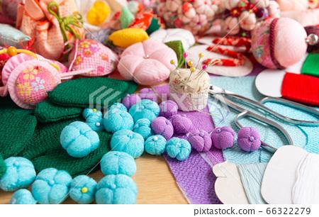懸掛裝飾品,縐紗繡球花,愛好縫紉的生產懸掛裝飾品的各種圖案 66322279
