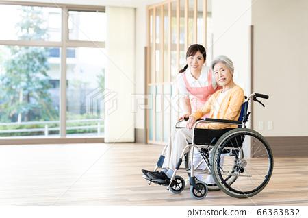 간호 여성 병원 도우미 간병인 수석 66363832