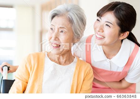 간호 여성 병원 도우미 간병인 수석 66363848