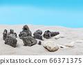 沙灘上的石頭 66371375