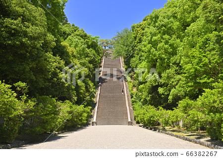 Meiji Emperor Stairs leading to the Fushimi Momoyama Tomb (Fushimi Ward, Kyoto City, Kyoto Prefecture) 66382267