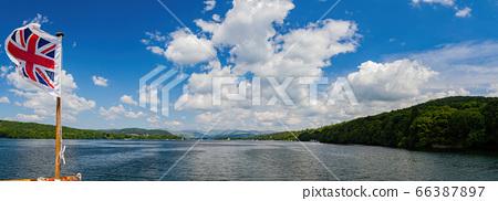 Beautiful nature landscape around Lake Windermere 66387897