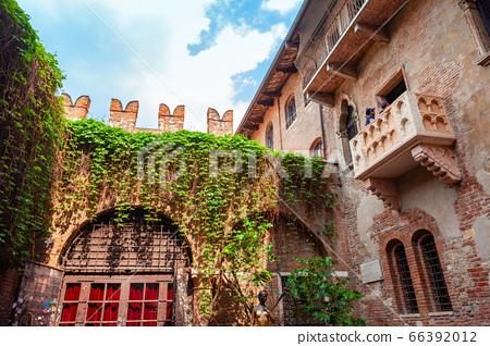 Juliets house in Verona, Italy 66392012