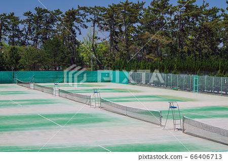 Hattori Ryokuchi Tennis Court 66406713