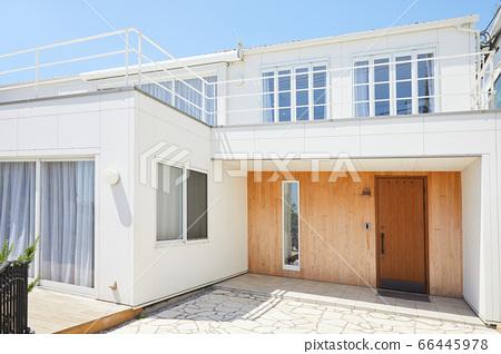 建築物入口兩戶住宅獨棟 66445978