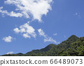 한가로운 산의 풍경 66489073