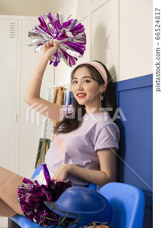 Lifestyle,woman,cheerleader 66524817