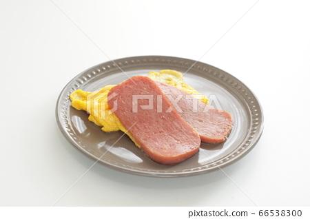 午餐肉和炒雞蛋 66538300