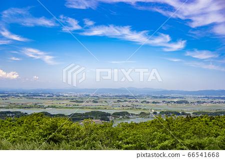 교외의 시골 풍경 66541668