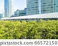 許多綠色辦公室街道風景 66572150