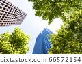看摩天大樓的辦公室鎮的風景 66572154