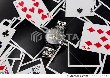 時鐘和卡 66587663