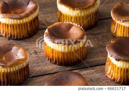 바스크 치즈 케이크 66621717
