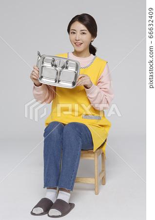 Businesswoman concept, Asian female portrait in a studio 021 66632409
