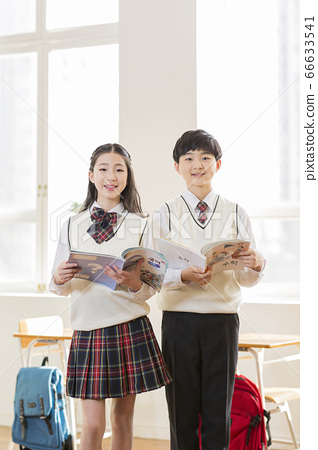 Group of school students portrait, happy smiling male and female students 218 66633541