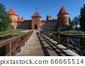 特拉凱城堡前 66665514