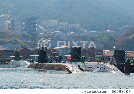submarine 66698307