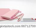筆記本,圓珠筆和自動鉛筆 66712700