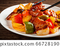 sweet and sour pork 66728190