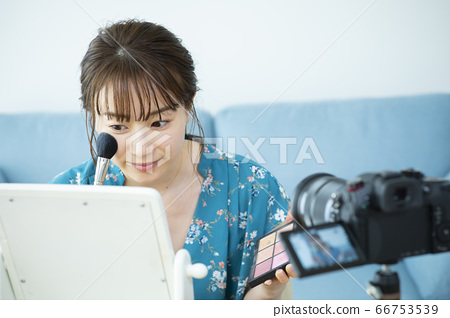 化妝視頻發行 66753539