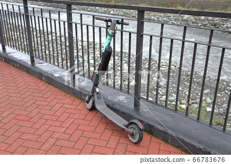 Modern city electric mini scooter 66783676