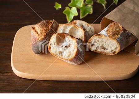 雕刻法式長棍麵包 66820904
