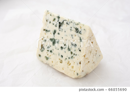 cheese containing veins of blue mold, such as Gorg 66855690